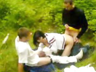 amateur gangbang into the park