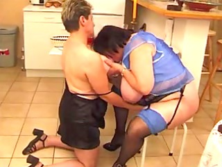elderly french lesbos r20