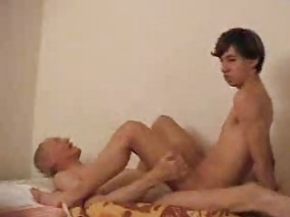 amateur gay drives his daddys inflexible boner on