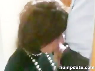 so sweet milf gives lovely cock sucking and