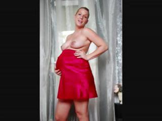 pregnant blond veronica is doing a slow