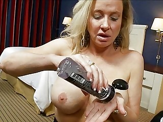 Turned on handsome cougar with big tits rides