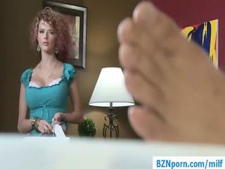 08-big breast woman inside hardcore mom sex