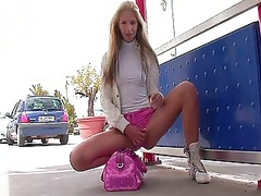 suzanna astonishing blonde girl outdoor flashing
