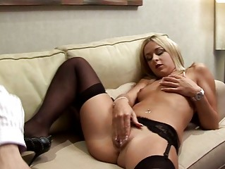 albino english girl wills cougar penis