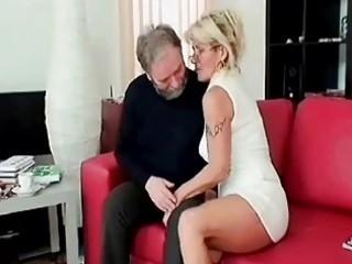 desperate cougar blows elderly penis deep and hard