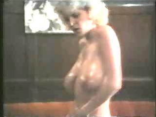grownup women strip...retrof70