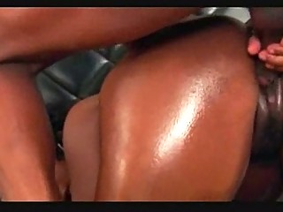 brown brazilian huge bunda bottom by assmaniac