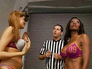 isis tina  diamond jackson  bikini tug of war